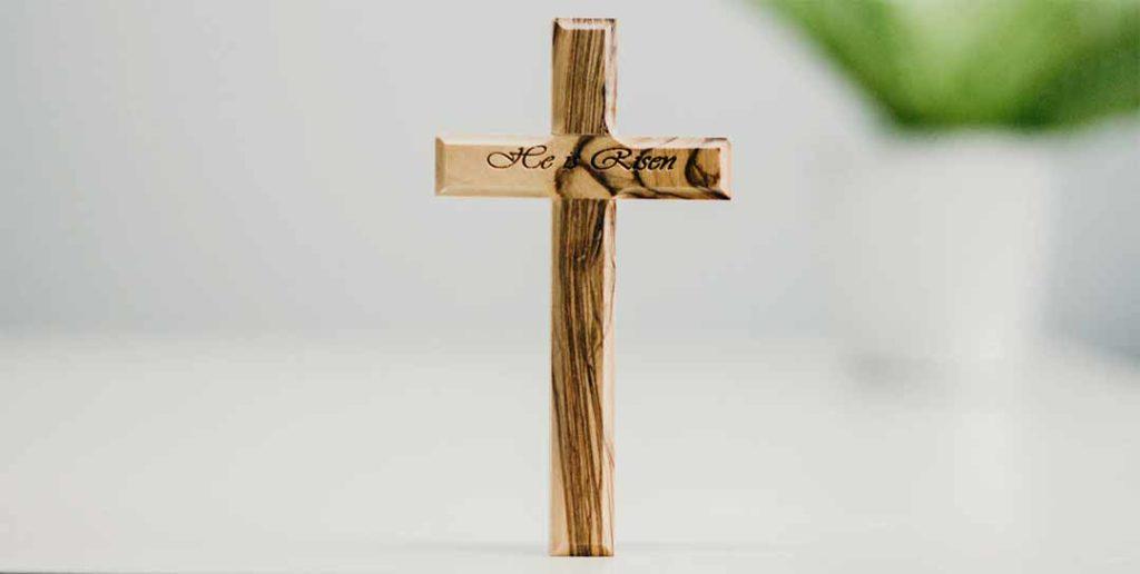 donde poner un crucifijo en casa
