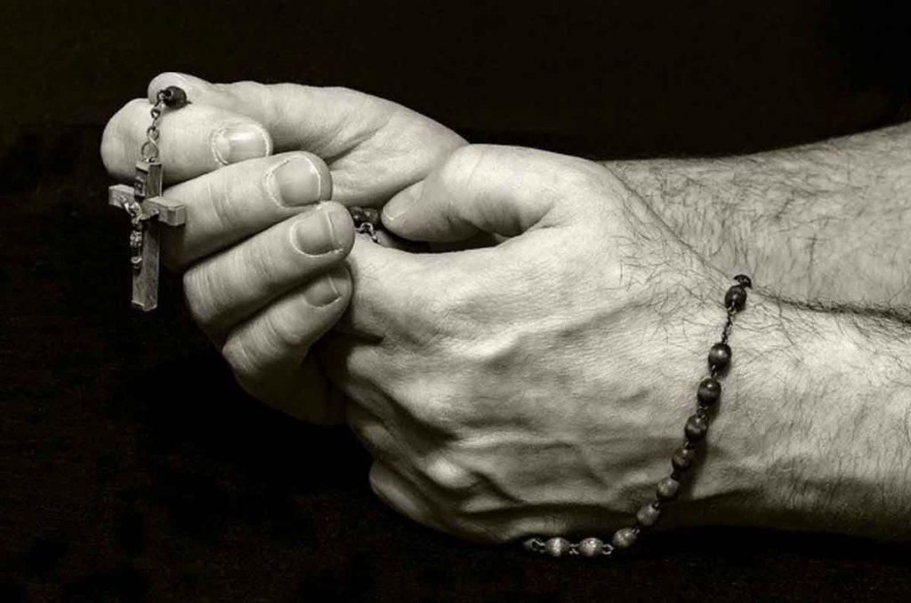 Rosario católico cristiano